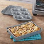 Amazon: Chicago Metallic Professional 4-Piece Non-Stick Toaster Oven Bakeware Set for $14.99 (List Price: $18.99)